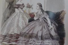 05.Zwei Mitstreiterinnen von verblüffender Schönheit